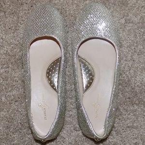 Size 6 Ivanka Trump Sparkly Ballet Flats